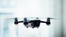 Drone/Foto: Unsplash/Dose Media